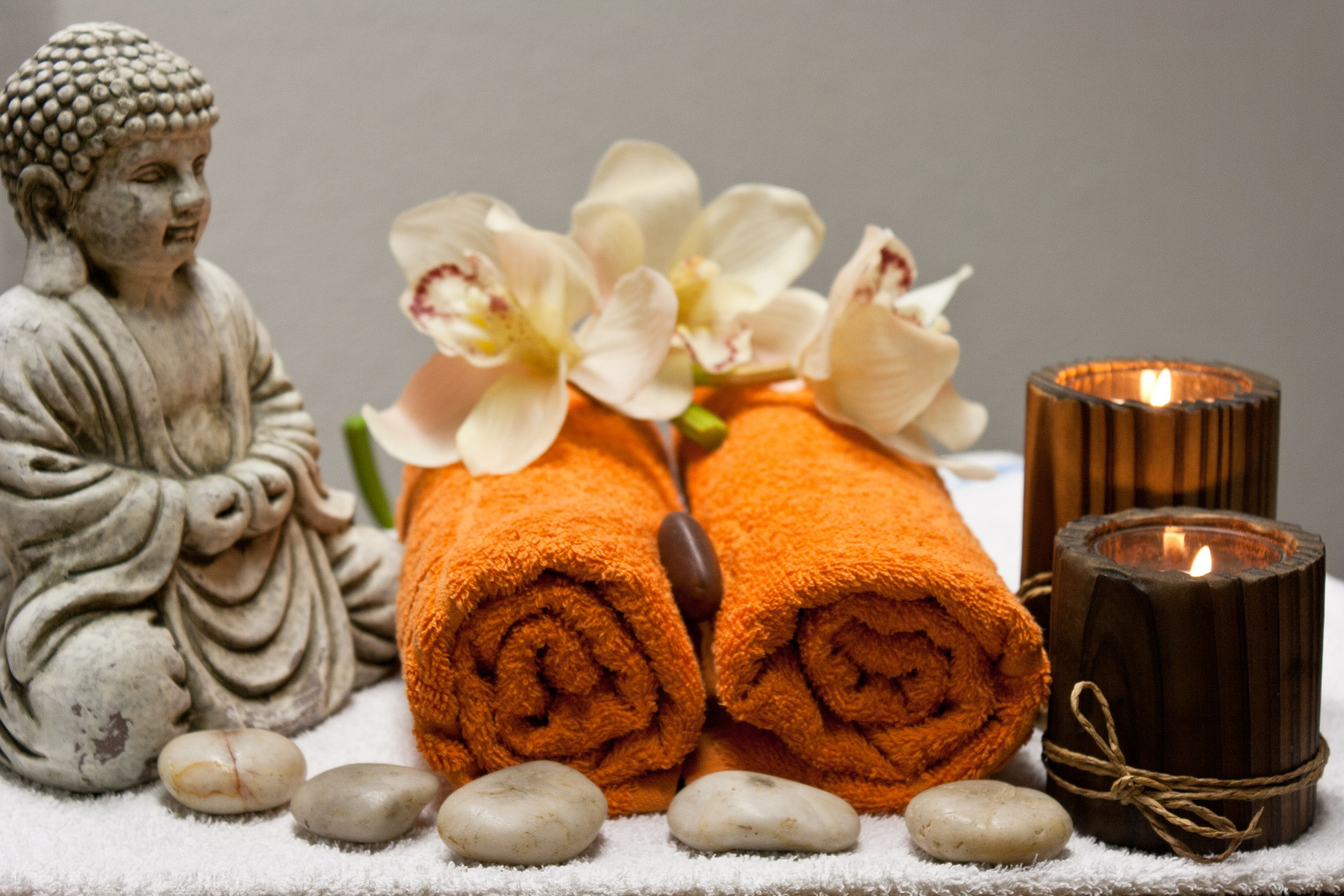 Sawadee Thai Massage - Thai Oil Massage, Thai Aomatherapy, Thai Sport Massage, Thai Traditional Massage, Thai Foot Massage και  Thai Antistress Massage